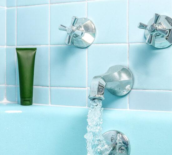 Consejos reducir huella hídrica y consumo de agua en el hogar